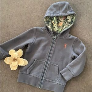 BROWNING  grey camo jacket in GUC size 3T